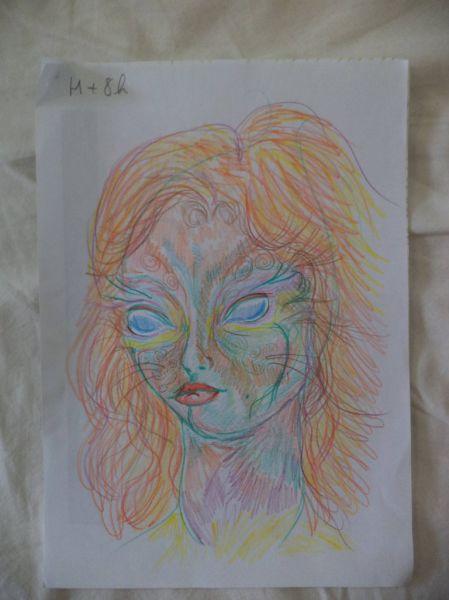 girl_draws_self_portraits_during_lsd_high_640_09