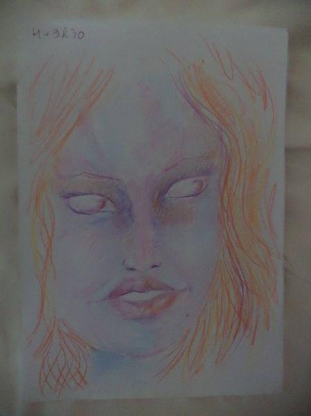 girl_draws_self_portraits_during_lsd_high_640_11