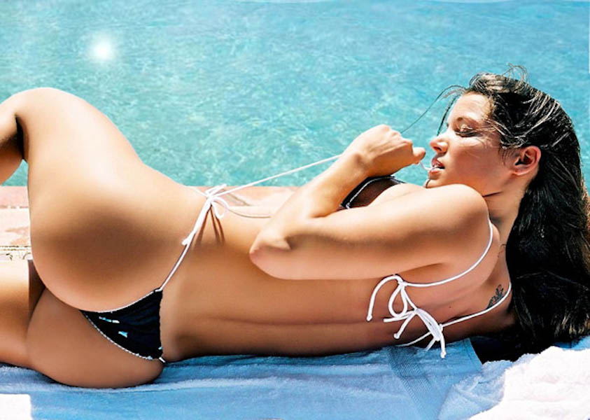sexy-brazilian-beach-bums-11