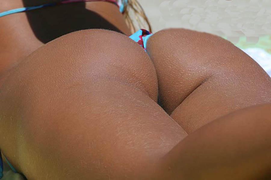 sexy-brazilian-beach-bums-5