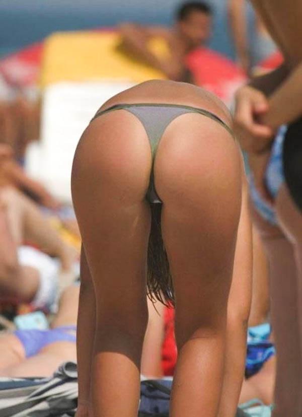 sexy-brazilian-beach-bums-7