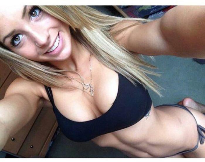 beautiful_busty_girls_13