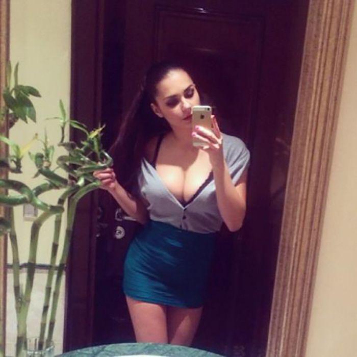 beautiful_busty_girls_28