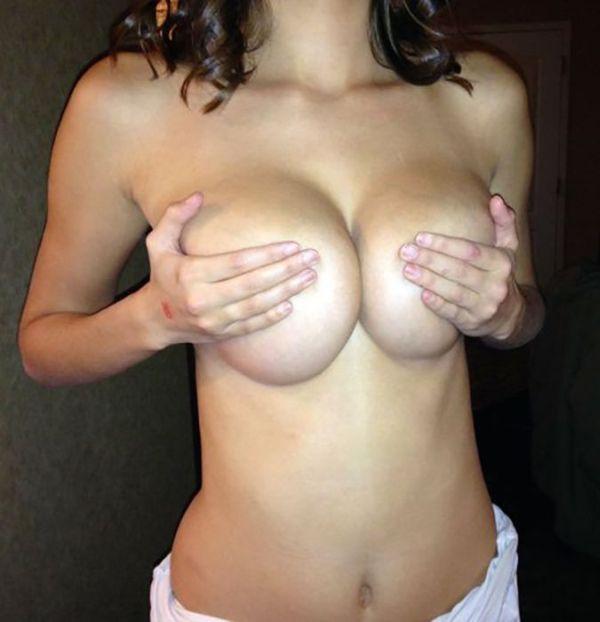 busty_girls_08