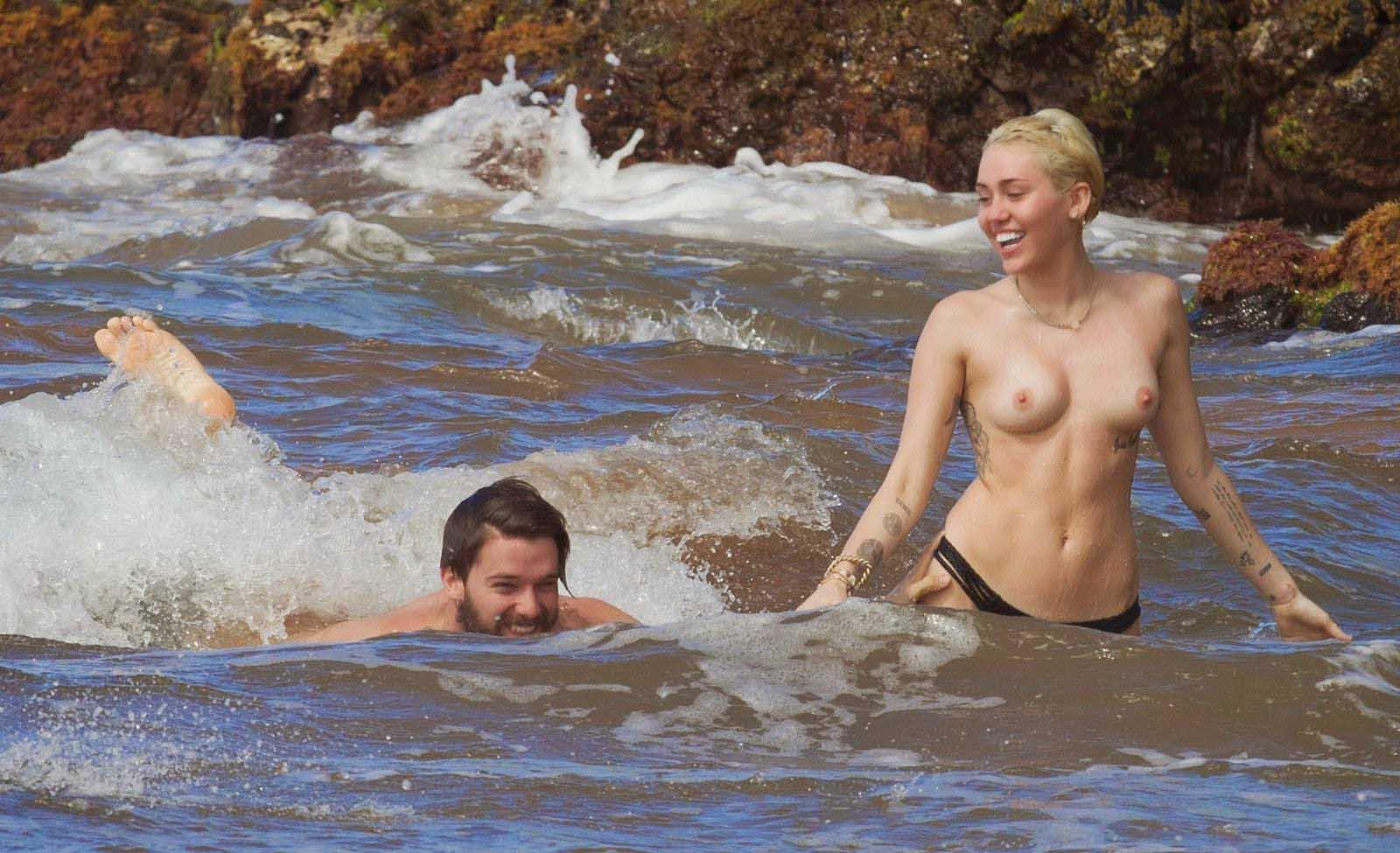 Miley-Cyrus-52