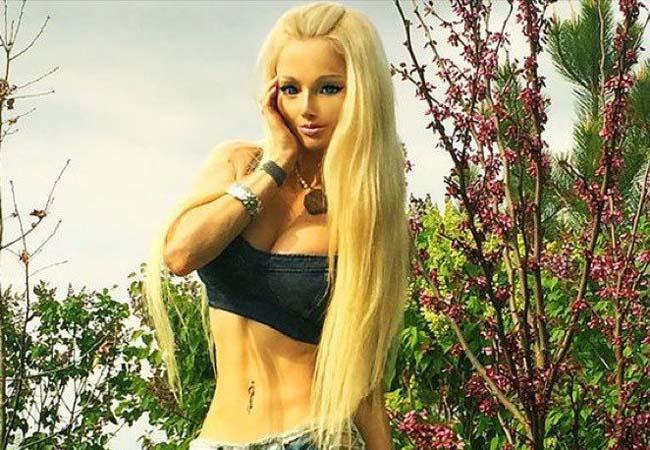"""ロシアで話題になった """"人形のような美女"""" さらに進化して戻ってきたよ"""