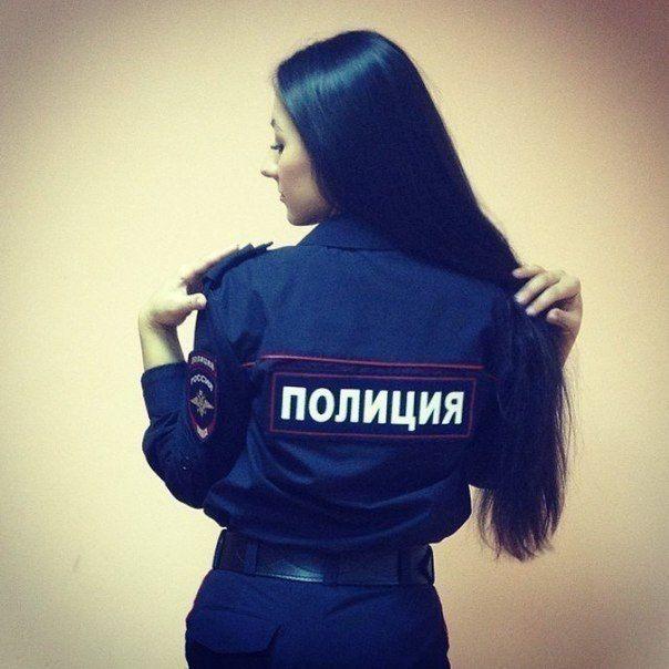 devushki-v-rjadah-policii_08