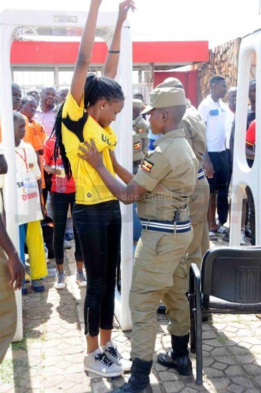 uganda_police_02