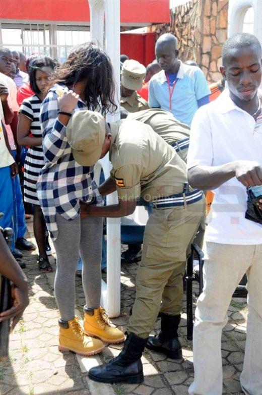 uganda_police_03