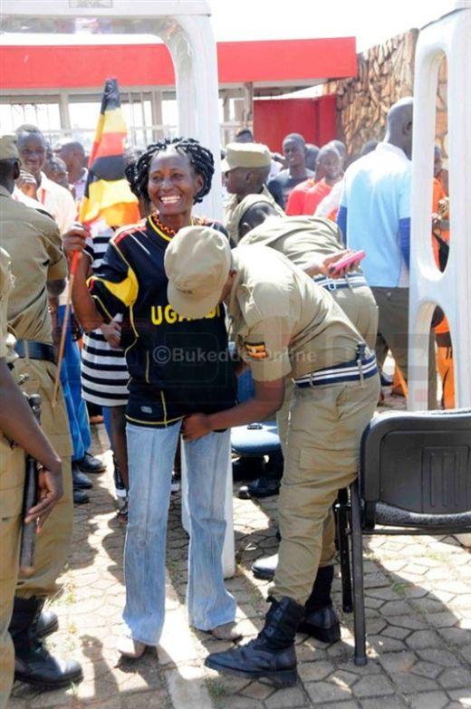 uganda_police_04