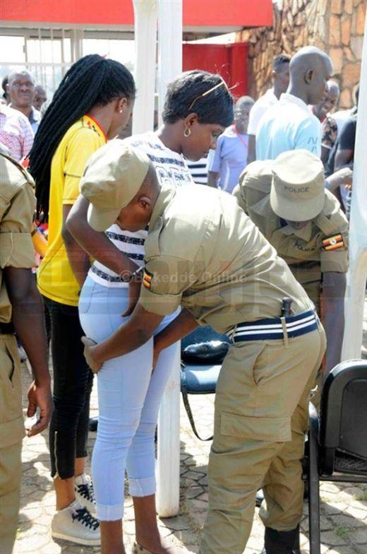 uganda_police_06