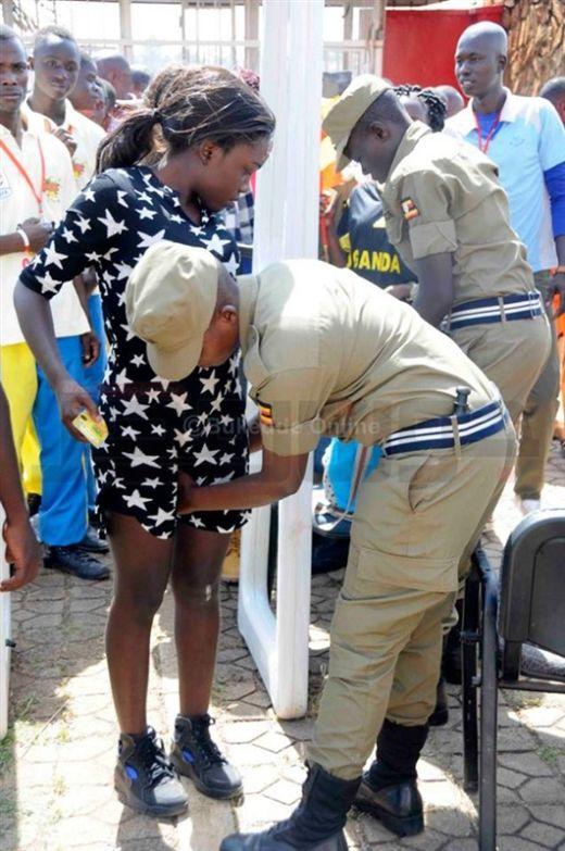 uganda_police_07