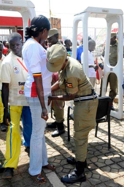 uganda_police_08