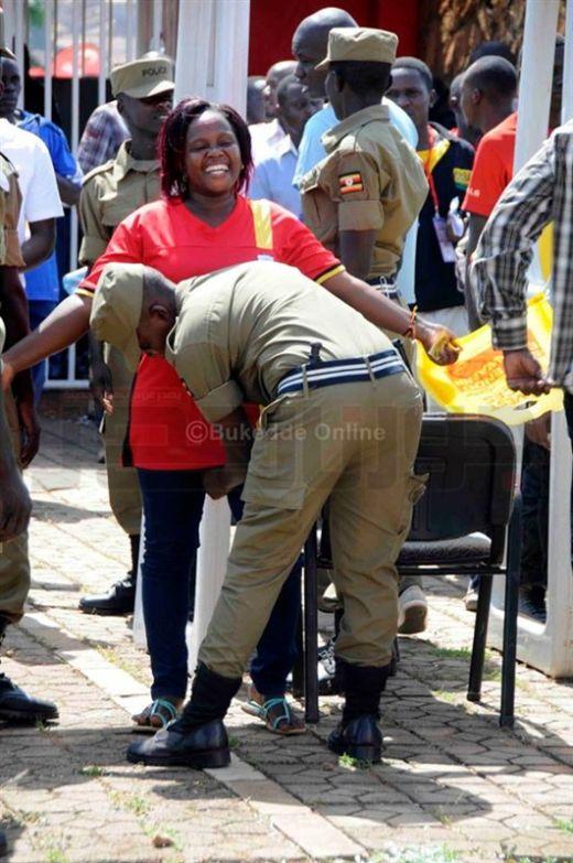 uganda_police_09