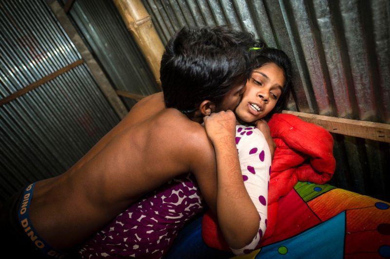 UrodRu20160617bordel-v-bangladesh_22