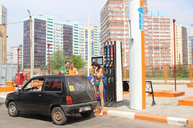 UrodRu20160726besplatnyj-benzin_15
