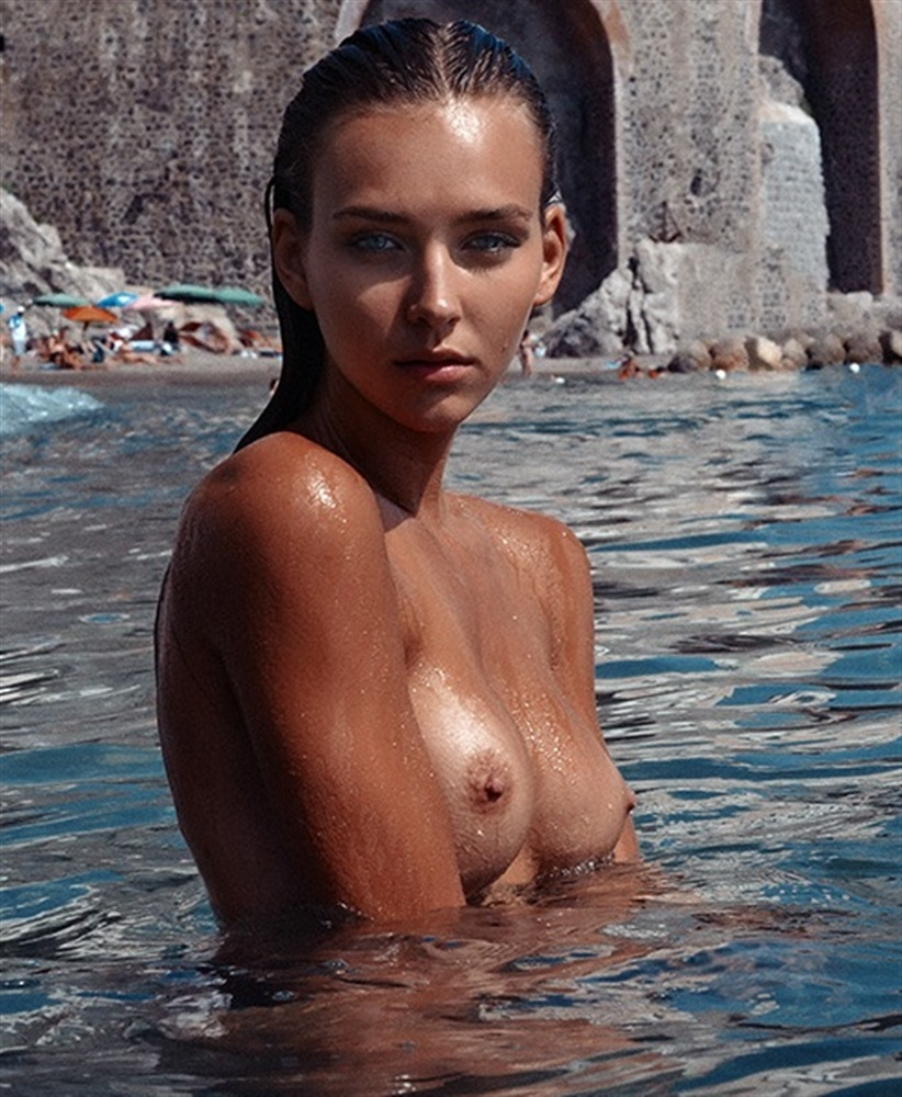 Superstar Alotta Fagina Nude Pics