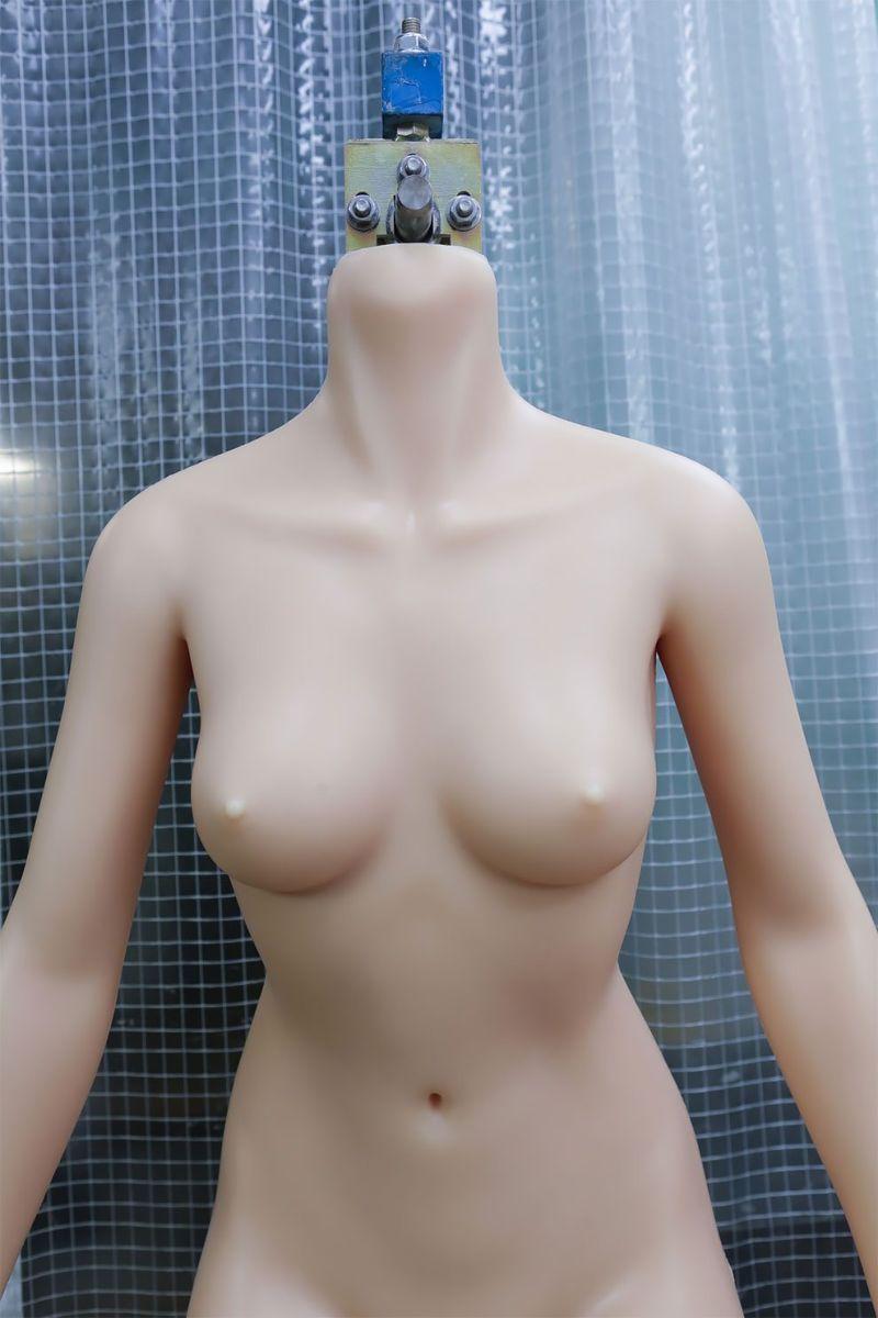 japonskaja-fabrika-seks-kukol_03
