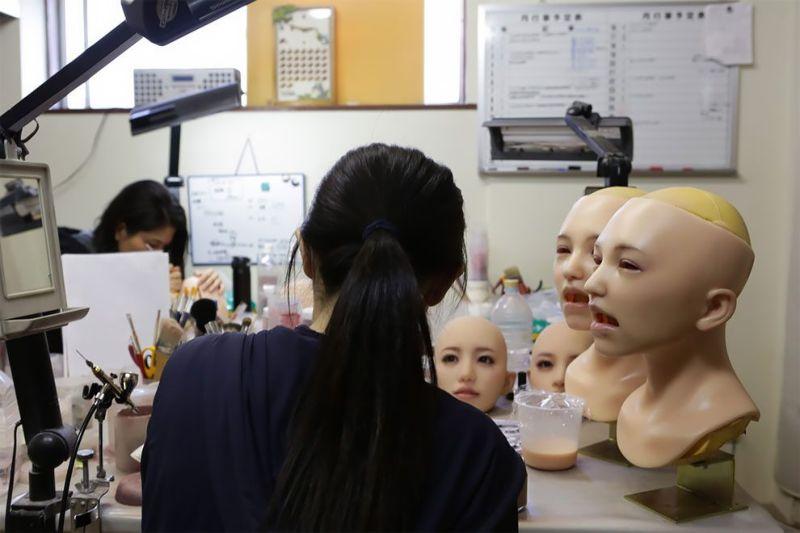 japonskaja-fabrika-seks-kukol_10
