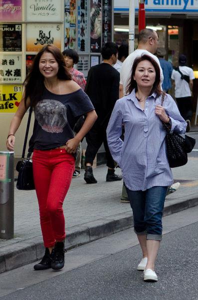 strange_japanese_womens_fashion_640_12
