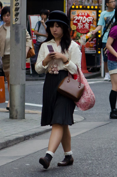 strange_japanese_womens_fashion_640_22