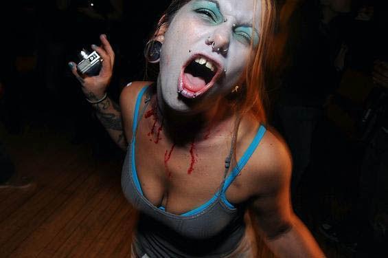 zombie-boobs-17