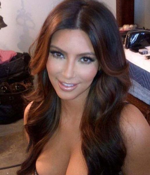 kim_kardashians_most_revealing_pictures_640_23
