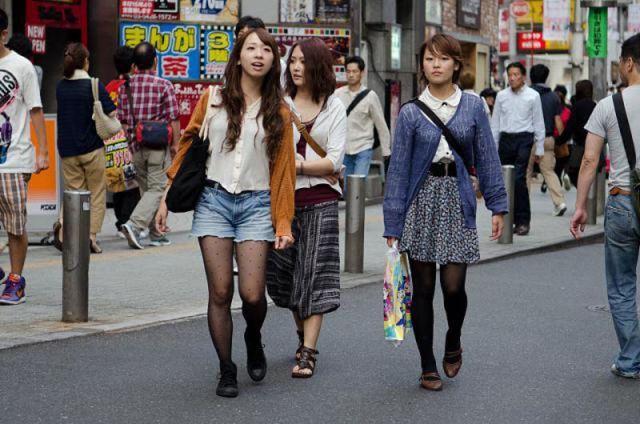 strange_japanese_womens_fashion_640_33