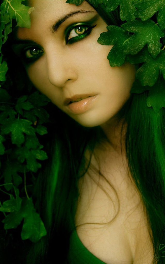 beautiful_and_artistic_female_portraits_640_high_36