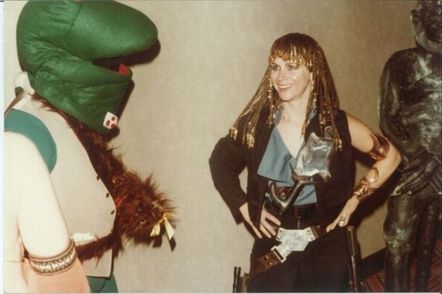 cosplayers_of_1980s_640_05