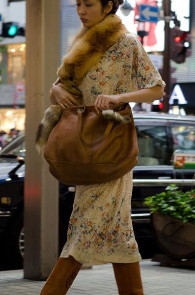 strange_japanese_womens_fashion_640_48
