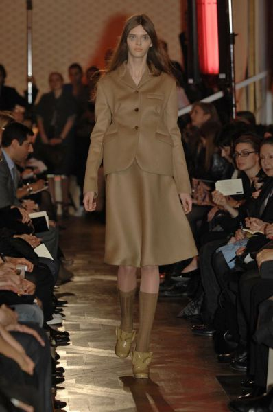 this_dolleyed_model_is_a_catwalk_sensation_640_10