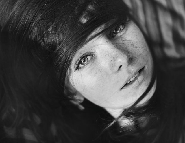 beautiful_and_artistic_female_portraits_640_56