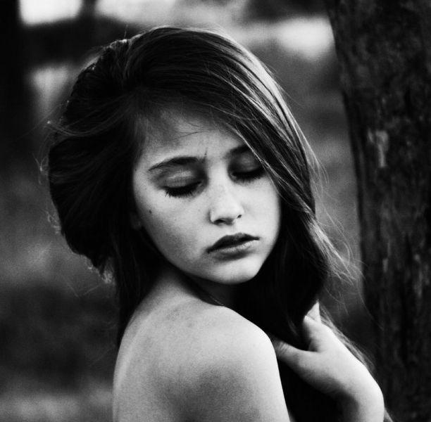 beautiful_and_artistic_female_portraits_640_51