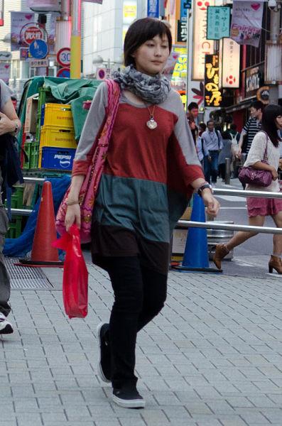 strange_japanese_womens_fashion_640_28