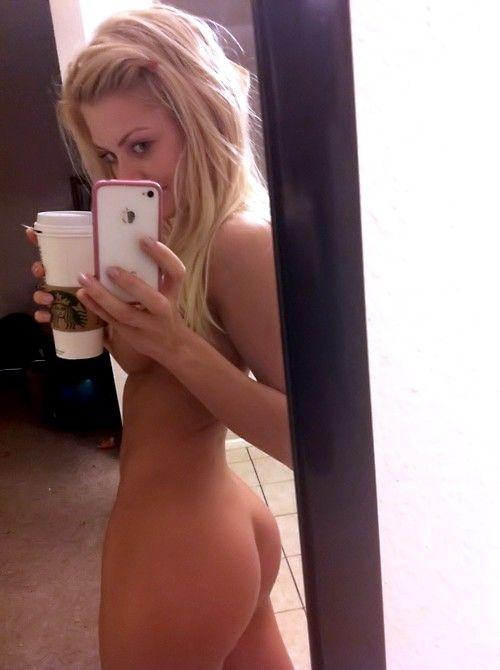 Blonde-Selfshots-41