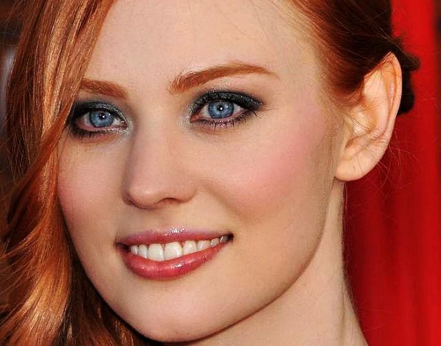 gorgeous_female_eyes_640_13