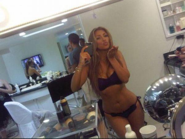 kim_kardashians_most_revealing_pictures_640_10