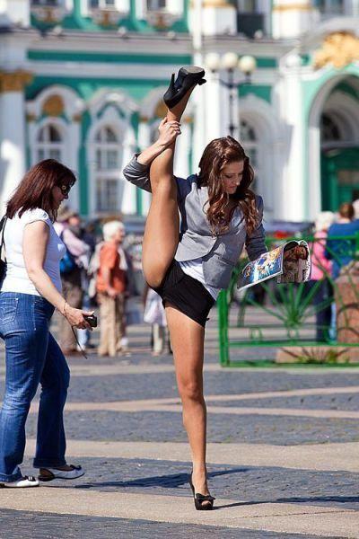 acrobats_18