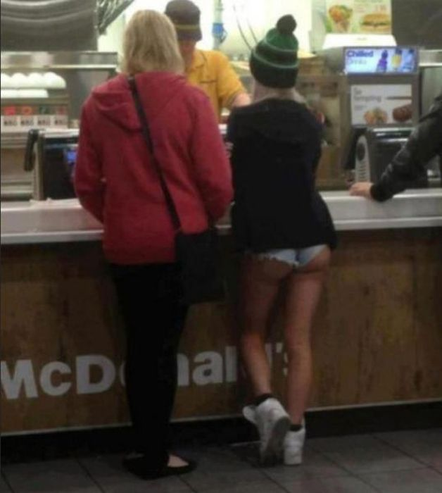 some_of_the_strangest_things_seen_at_mcdonalds_18