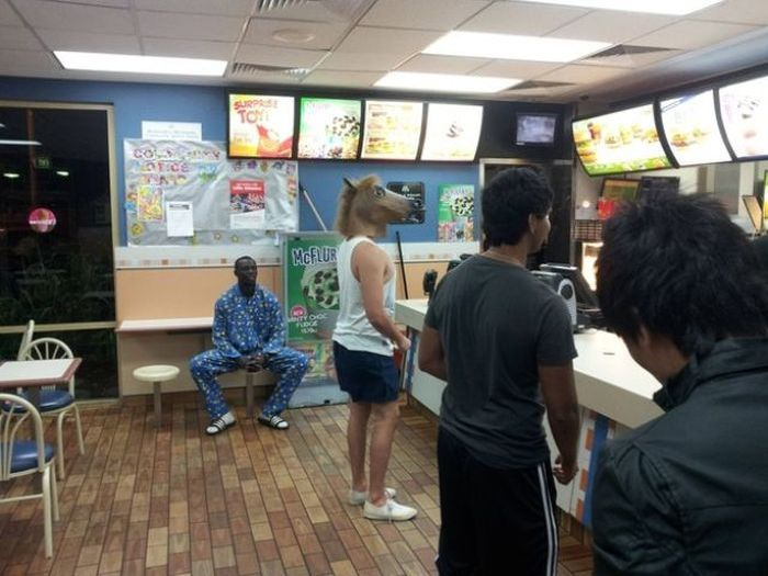 some_of_the_strangest_things_seen_at_mcdonalds_04