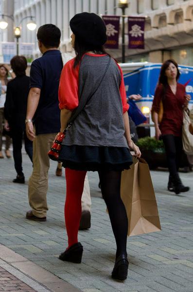 strange_japanese_womens_fashion_640_51