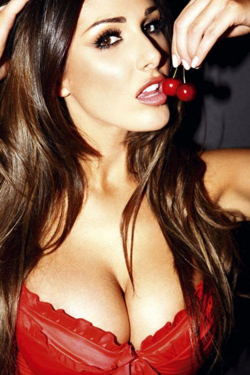 amazing_cleavage_27