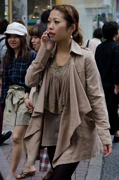 strange_japanese_womens_fashion_640_10