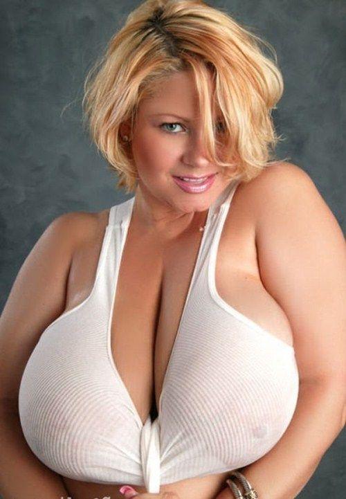 girls_with_xxxxxl_breasts_23