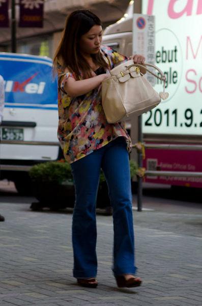 strange_japanese_womens_fashion_640_13