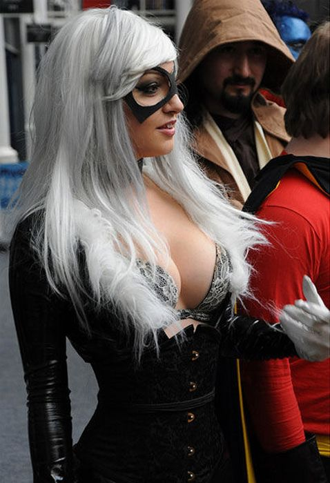 the_bold_and_beautiful_babes_of_cosplay_16