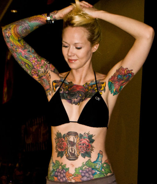 girls_overly_obsessed_with_body_modification_12