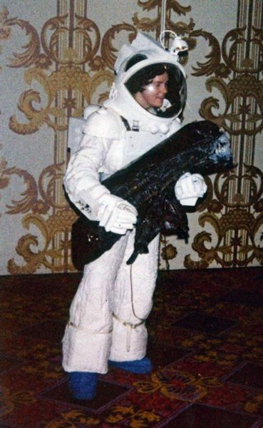 cosplayers_of_1980s_640_36