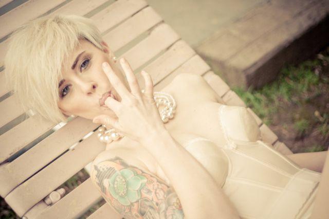beautiful_and_artistic_female_portraits_640_09